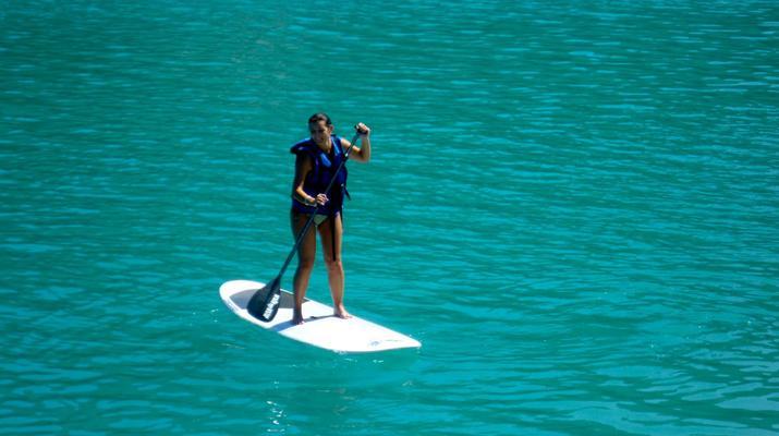 Stand Up Paddle-Gorges du Verdon-Stand-Up Paddle sur le lac de Castillon, près des Gorges du Verdon-4