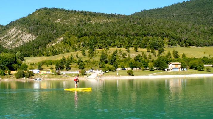 Stand Up Paddle-Gorges du Verdon-Stand-Up Paddle sur le lac de Castillon, près des Gorges du Verdon-2
