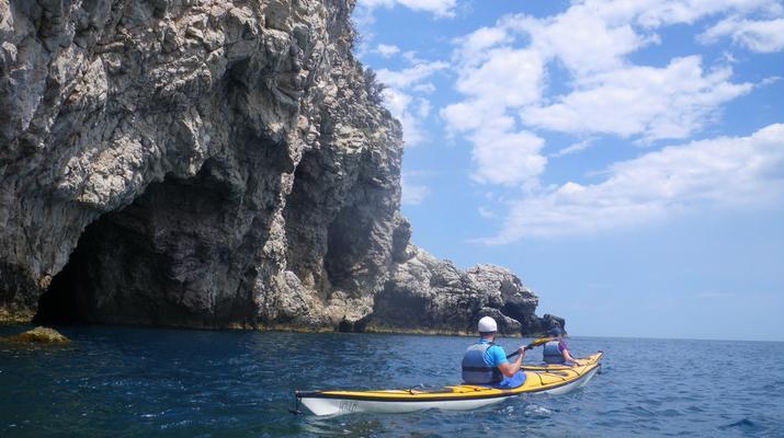 Sea Kayaking-Taormina-Guided Kayak Tour along the Taormina Coast-3