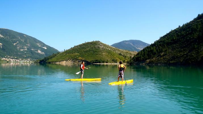 Stand Up Paddle-Gorges du Verdon-Stand-Up Paddle sur le lac de Castillon, près des Gorges du Verdon-1