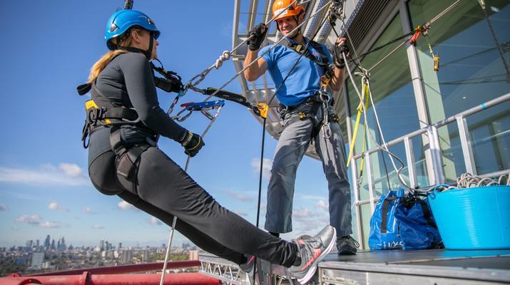 Rápel-London-Descenso en rappel de ArcelorMittal Orbit en el Parque Olímpico de Londres-2