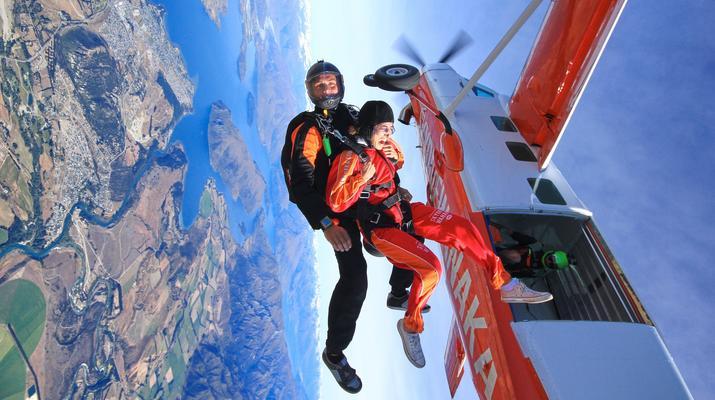 Skydiving-Wanaka-Tandem skydive over Wanaka-2
