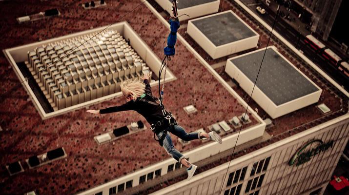 Bungeejumping-Berlin-Sky Jump am Alexanderplatz, Berlin Mitte-4