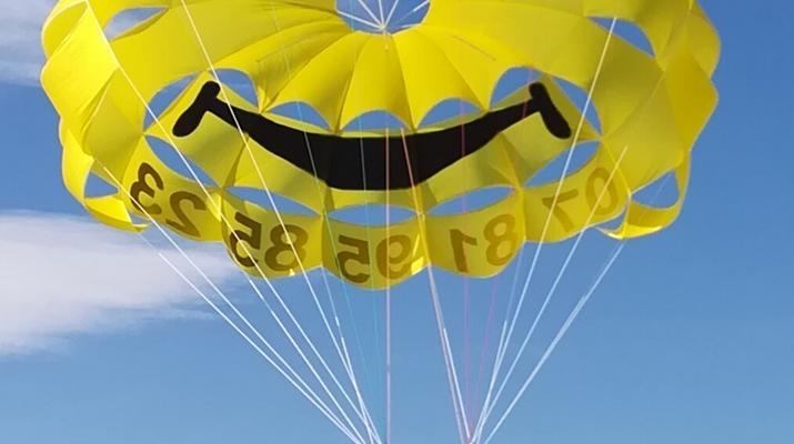 Parachute ascensionnel-Montpellier-Parachute ascensionnel à Palavas-les-Flots près de Montpellier-1