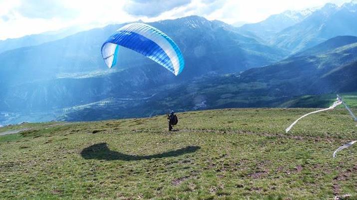 Paragliding-Madrid-Tandem paragliding flight near Madrid-2