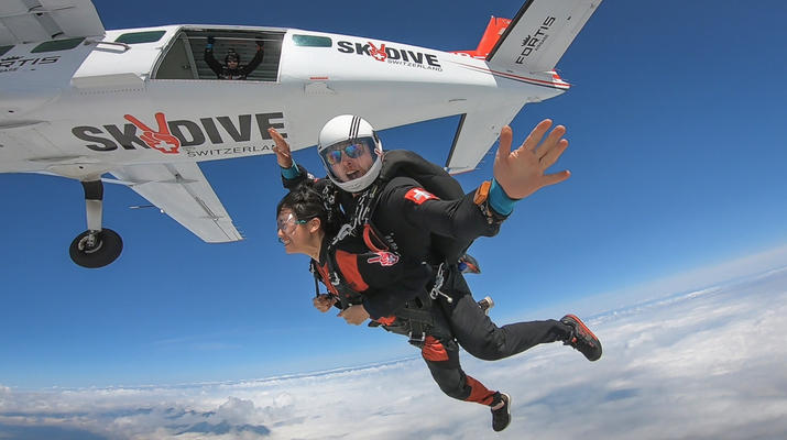 Skydiving-Interlaken-Tandem Skydive over Interlaken, Switzerland-3