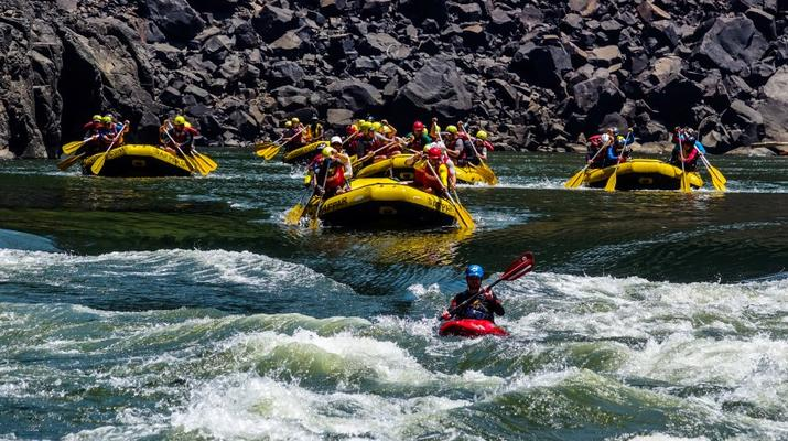 Rafting-Livingstone-White water rafting excursions on the Zambezi River-4