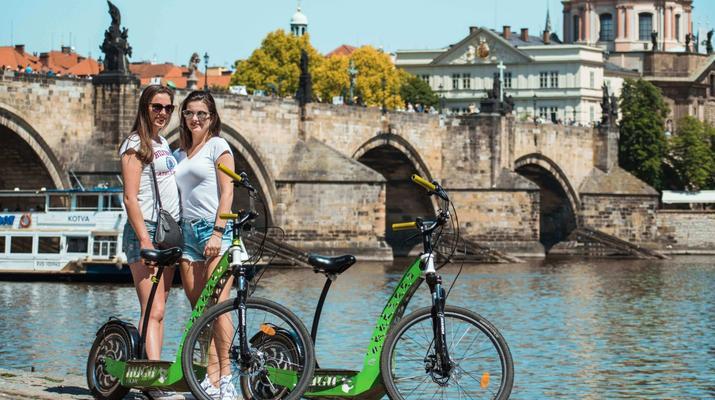 Trottinette-Prague-Visite en scooter électrique de Prague et de ses environs-2