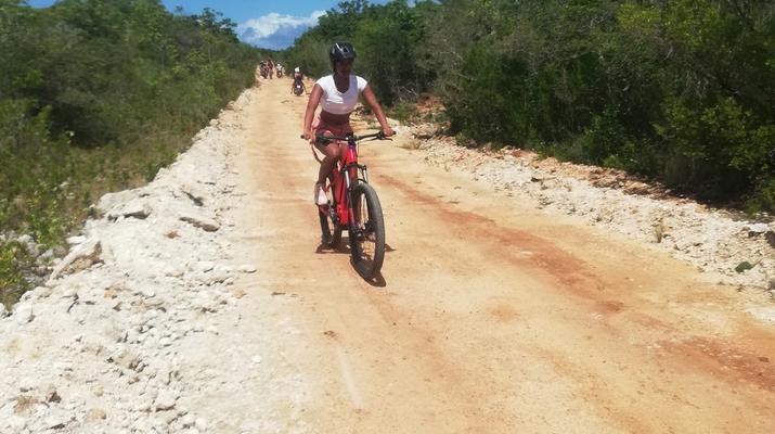 VTT-La Désirade-Randonnée VTT sur l'île de la Désirade, Guadeloupe-1