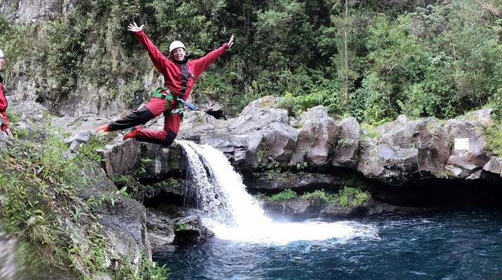 Canyoning-Langevin River, Saint-Joseph-Canyoning on Langevin River in La Reunion-6