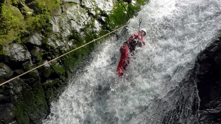 Canyoning-Langevin River, Saint-Joseph-Canyoning on Langevin River in La Reunion-2