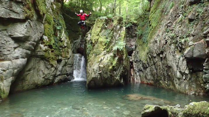 Canyoning-Laruns-Full day canyoning down the canyon of Canceigt and Bious  in Ossau Valley-1