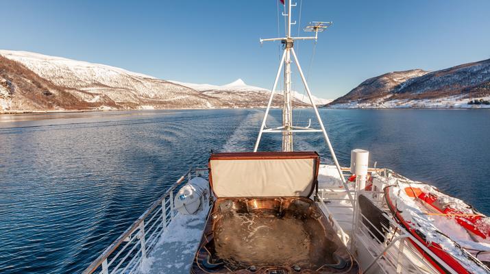 Sailing-Tromsø-Fjord Cruise & Cultural Heritage near Tromso-3