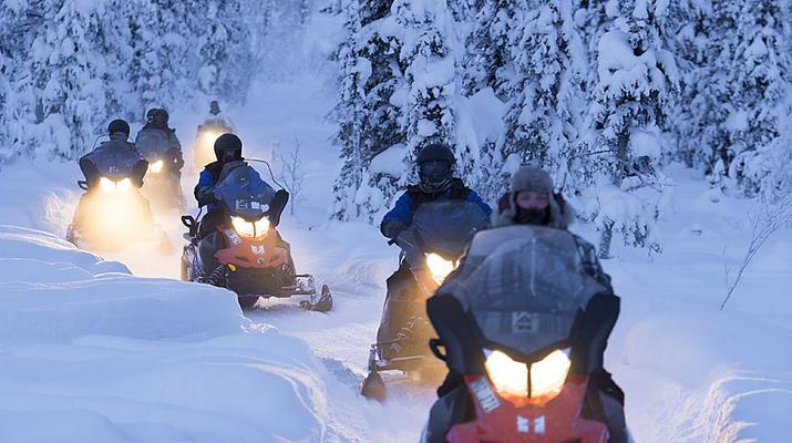Motoneige-Kiruna-Circuit en motoneige aux aurores boréales près de Kiruna, Suède-2