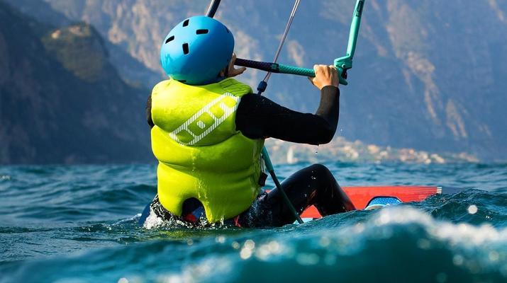 Kitesurfing-Lake Garda-Kitesurf lessons at Lake Garda-1