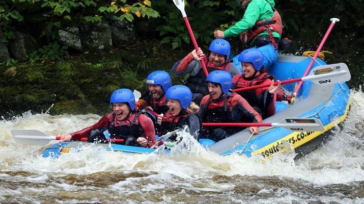 Rafting-Denbighshire-Rafting down the River Dee in Llangollen-1