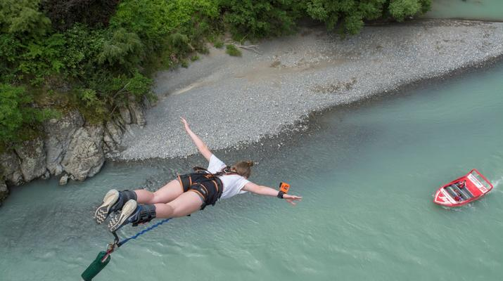 Bungee Jumping-Hanmer Springs-Bungy jumping in Hanmer Springs, New Zealand-3