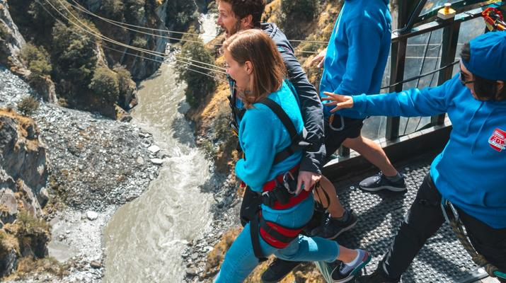 Bungee Jumping-Queenstown-Canyon Swing from 109 metres over Shotover Canyon-5