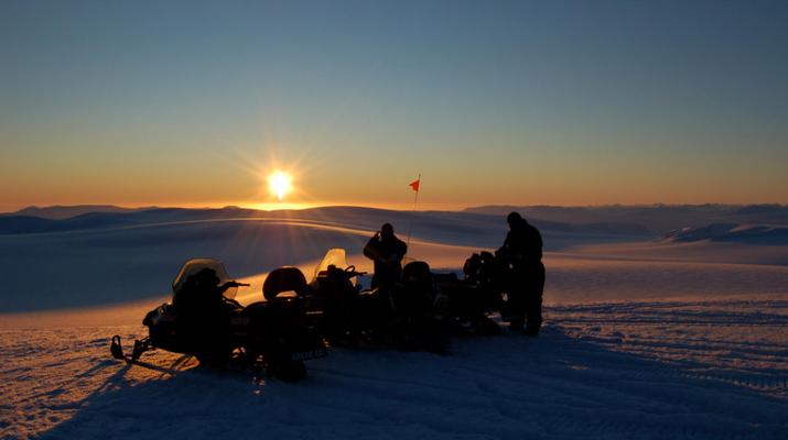 Snowmobiling-Svalbard-Snowmobiling through the Midnight Sun in Svalbard-1