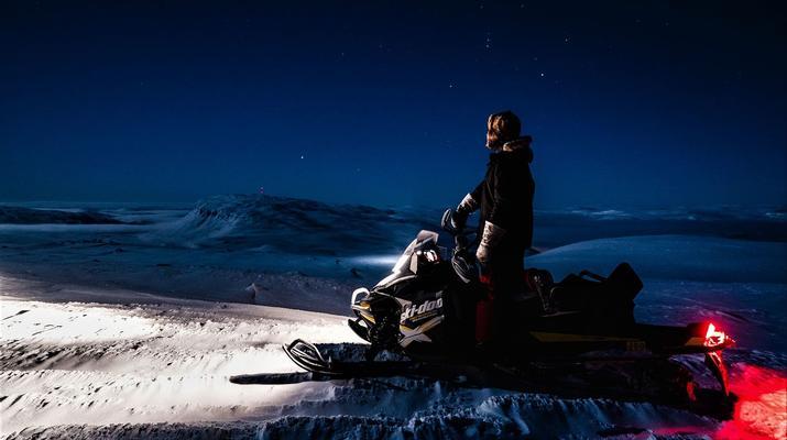 Snowmobiling-Rovaniemi-Chasing the Northern Lights on Snowmobile, near Rovaniemi-2