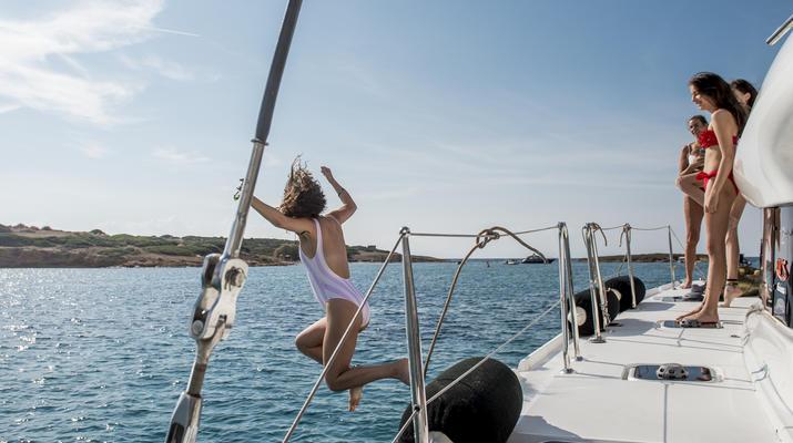 Sailing-Mykonos-Catamaran Sailing Cruise in Mykonos-1