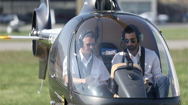 Helicoptère-Cannes-Vol d'initiation en hélicoptère à Cannes, Côte d'Azur-4