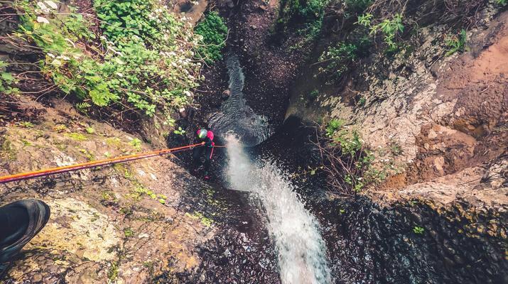 Canyoning-Las Palmas de Gran Canaria-Cernicalos Canyoning excursion near Telde, Gran Canaria-3